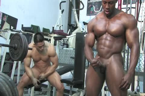 Muscled Hunks Wrestle, jerk off & Flex