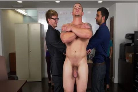 GRAB wazoo - Hunky Boss Teaches His Office Team All About Teamwork