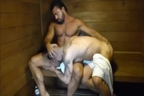 MM Two bushy Muscle Hunks pound unprotected At The Gym