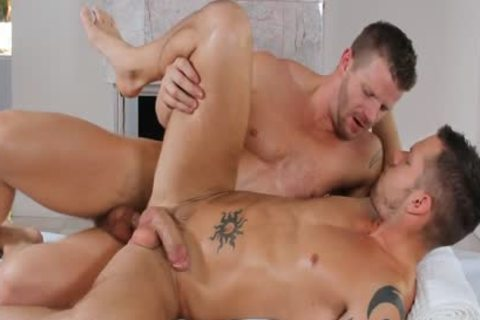 ManRoyale - Shane Frosts Swallows Load From Jeremy Stevens