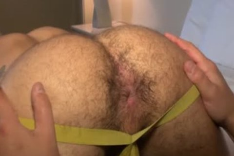 Muscle Bear bareback With cum drinking