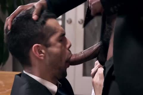 Giving Your black Boss A oral-job stimulation And Getting Barebacked