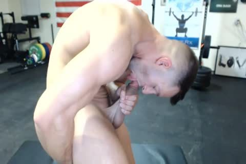 1-9 6 Muscle jock Cums On web camera