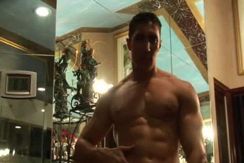 Muscle guy Cums In Shower