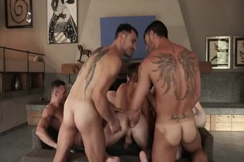 unprotected With 11-guy's orgy