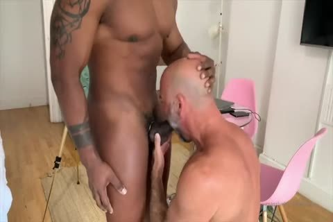 Interracial in nature's garb threesome Sextape