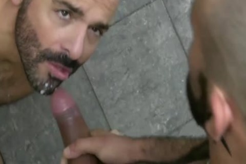 EATING cum 2